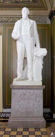 statueMorton